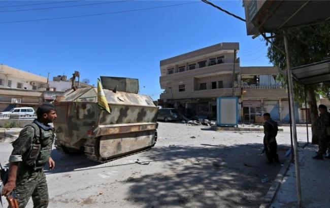 """Курди заявили про наступ на """"столицю"""" ІДІЛ Ракку"""