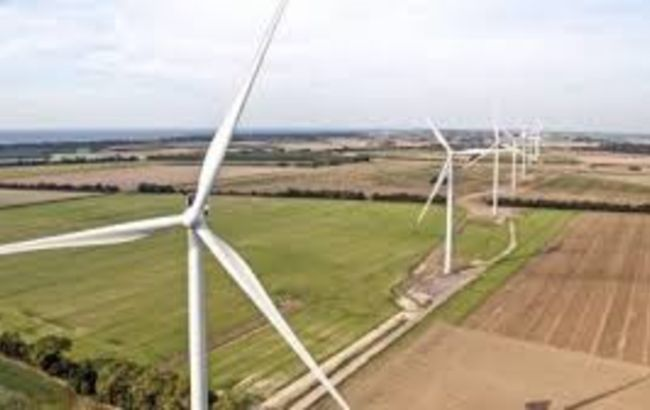 """Инвесторы требуют от Шмыгаля остановить давление на отрасль """"зеленой"""" энергетики"""