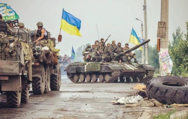 Сили АТО зміцнюють свої позиції у районі Лисичанська Луганської області