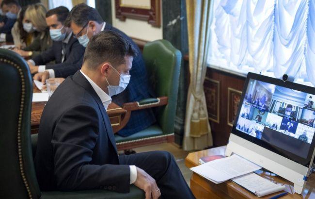 """Карантин в """"красной зоне"""" дает позитивный результат, - совещание у Зеленского"""