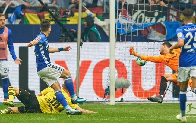 Фото: Евгений Коноплянка (twitter.com/Bundesliga_EN)