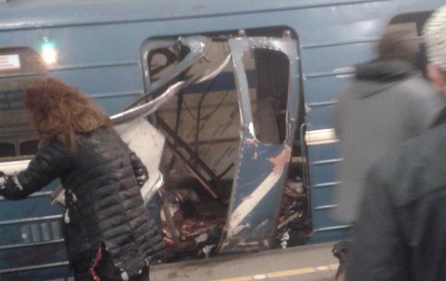 Фото: последствия взрыва в метро Санкт-Петербурга