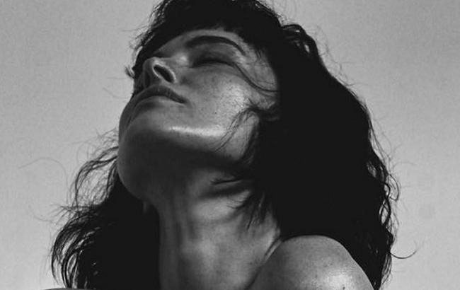"""""""Истинная француженка"""":Даша Астафьева восхитила чувственными снимками из Парижа"""
