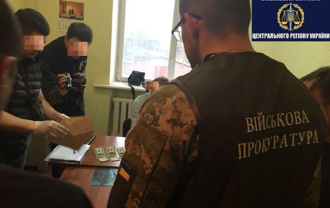 Фото: в Миргороде задержали на взятке заместителя мэра (gp.gov.ua)