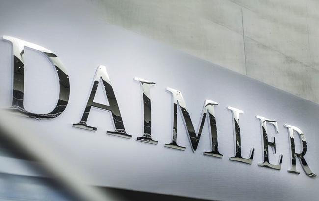 Daimler приостанавливает бизнес в Иране из-за санкций США