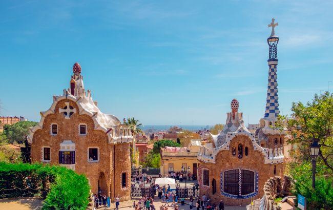 Без вакцинации и тестов. После открытия Испании уже появились туры в страну: сколько стоит отдых