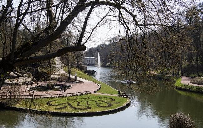 Гройсман нацелился навнесение дендропарка «Софиевка» в наследство  ЮНЕСКО