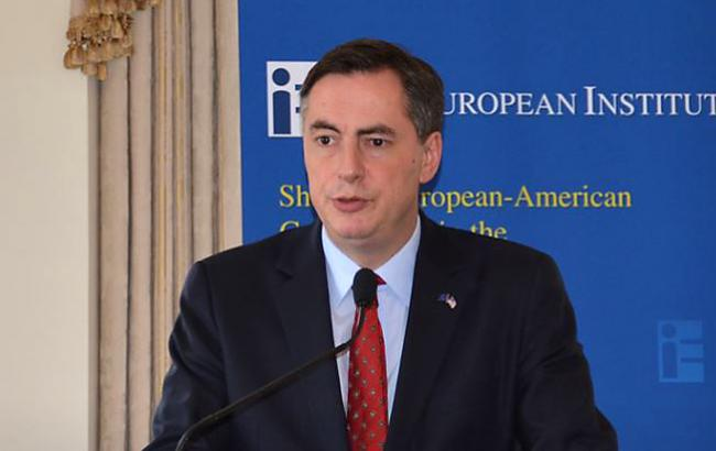 ЄС має очолити міжнародні переговори по деокупації Криму, - Макалістер