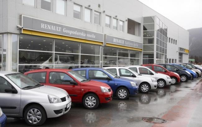 Renault і Nissan заявили про скорочення виробництва в Росії