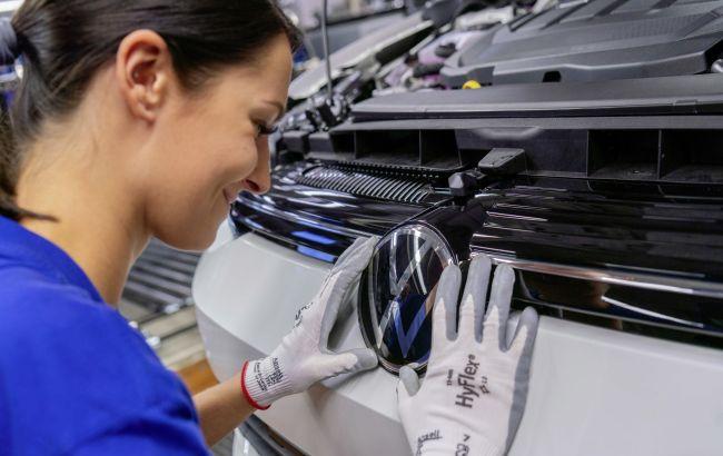 Кілька бюджетів України: стало відомо, скільки світовий автопром втратить через дефіцит чіпів