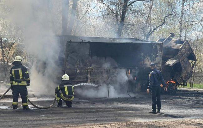 На пожаре в Рубежном пострадали трое военных, открыто дело
