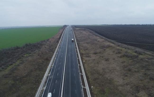 Фото: ремонт доріг (twitter.com/VGroysman)