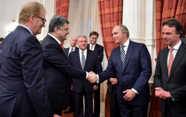 Порошенко закликав бізнесменів з Нідерландів інвестувати в Україну