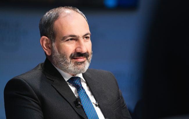Військовий переворот у Вірменії: Пашинян заявив про звільнення голови Генштабу ЗС
