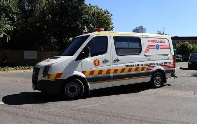 Фото: в Южной Африке автобус с военными попал в ДТП