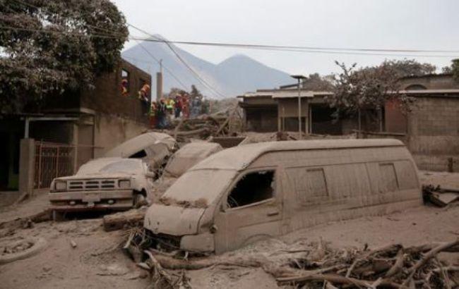 В Гватемале в результате извержения вулкана погибли 56 человек