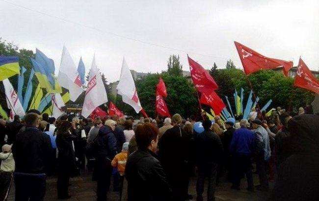 Фото: политсилы не упустили возможности провести свои агитации