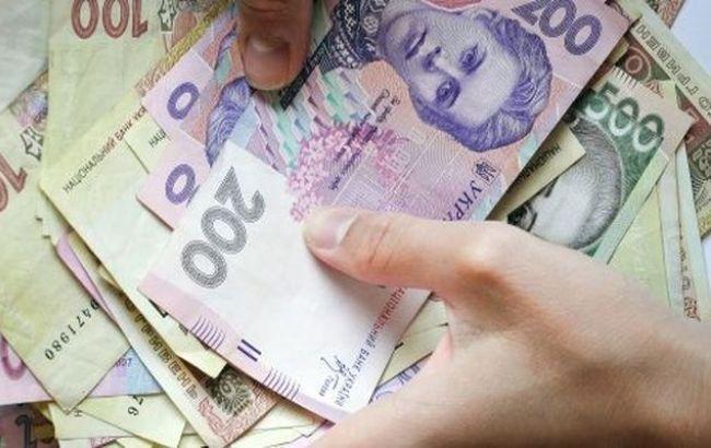 Фото: борг по зарплаті в Україні трохи збільшився