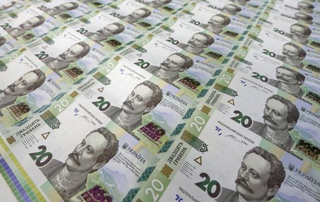 Фото: курс доллара на межбанке повысился