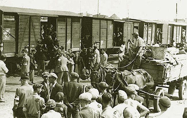 Фото: депортация крымских татар 1944 года (facebook.com/Marlen Mamutov)
