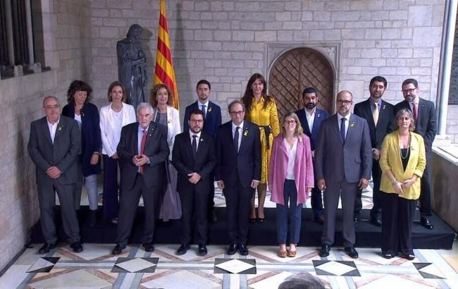 Новое правительство Каталонии принесло присягу