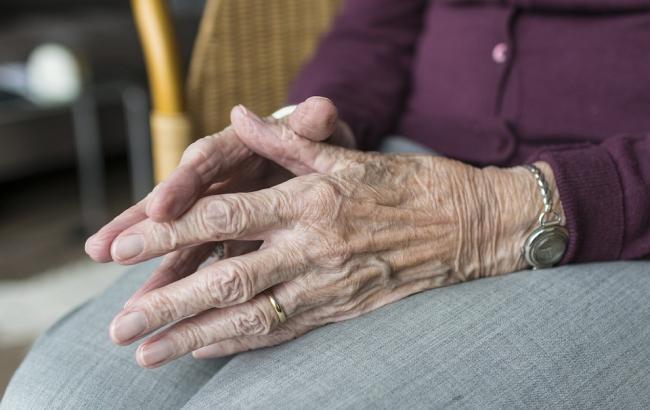 Подсчитали, насколько украинцы отстают от среднеевропейских показателей продолжительности жизни