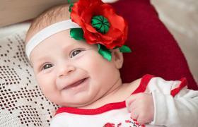 Фото: Малышка в первой вышиванке