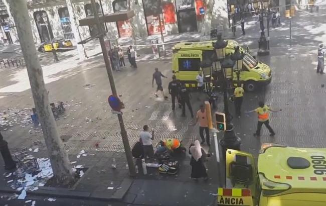 Фото: Теракт в Барселоні (twitter.com/Radio_BFM)