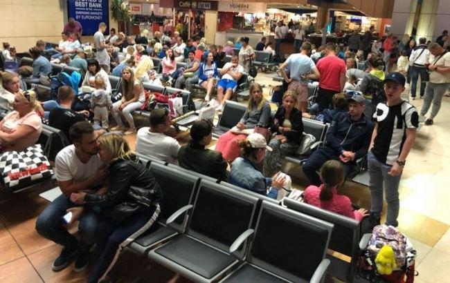 В Україну повернулися понад 500 відпочивальників з Туреччини