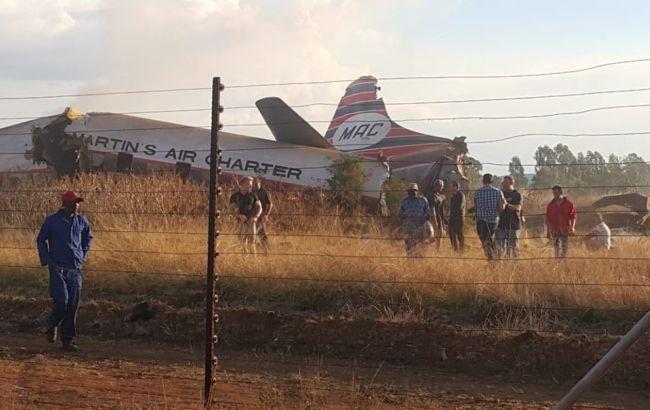 У ПАР розбився пасажирський літак, є постраждалі
