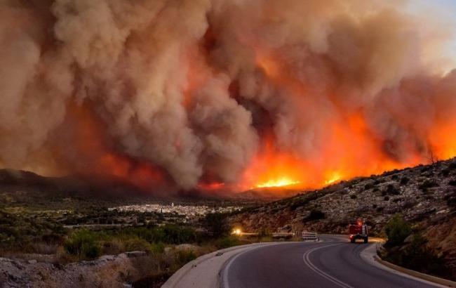 Пожежі у Греції: кількість жертв зросла до 98