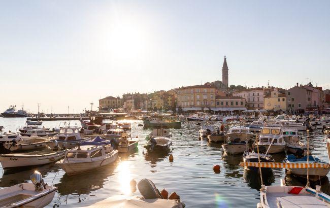Уикенд в Брюсселе и Балканы за 80 евро: лучшие идеи для авиапутешествия на долгие выходные в августе