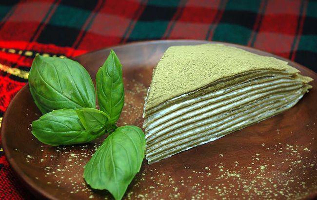Кулінар поділився рецептом млинцевого торта із зеленого чаю: впорається навіть новачок
