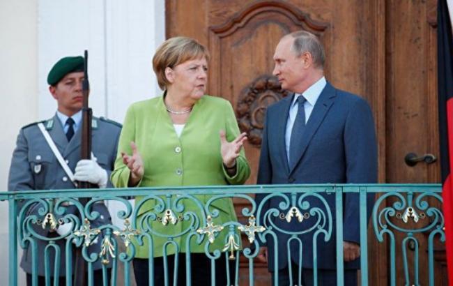 Меркель: Украина должна остаться участником процесса транзита газа в Европу