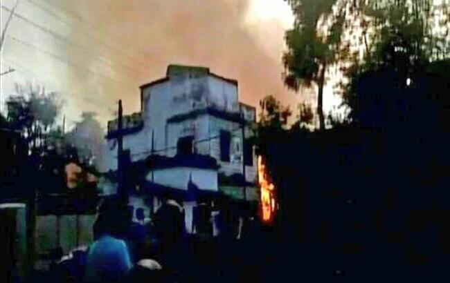 Пожар назаводе фейерверков вИндии: 8 человек погибли, 25 ранены