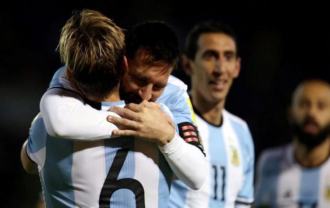 Футбольная сборная Украины может сыграть сАргентиной кконцу осени