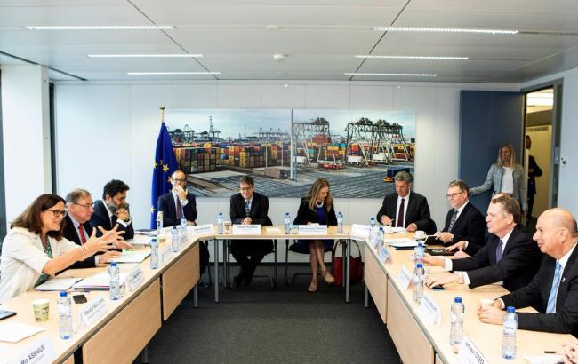 Фото: ЄС і США почали торгівельні переговори (twitter.com/MalmstromEU)