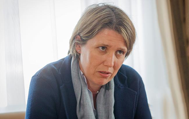 Джудит Гоу, посол Великобритании в Украине (dniprorada.gov.ua)