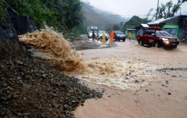 Фото: тайфун (twitter.com/vesti)