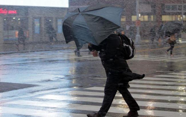 Фото: в Киеве ожидаются сильные порывы ветра