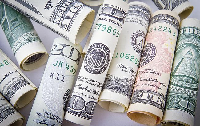 Курс доллара на межбанке в 12:40 уменьшился до 26,25 грн/доллар