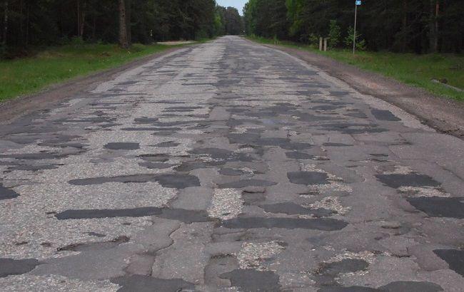 Фото: ремонт доріг в Україні може знову опинитися недофинансированным