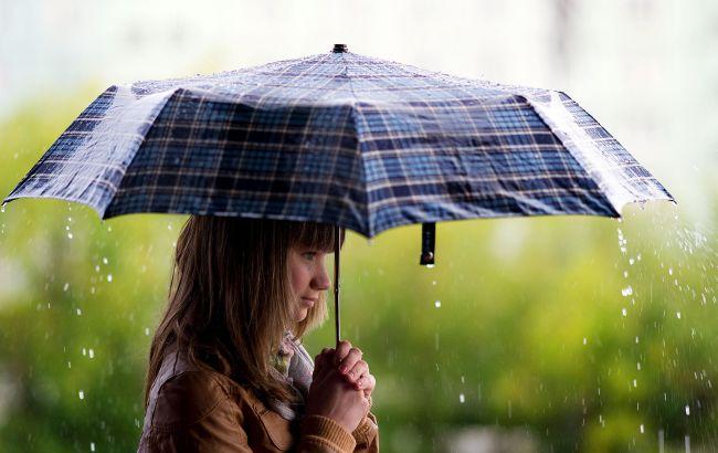Погода на сегодня: в Украине дожди, температура до +30