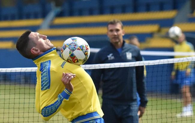 Фото: тренировка сборной Украины перед матчем с Италией (twitter.com/FFUKRAINE)