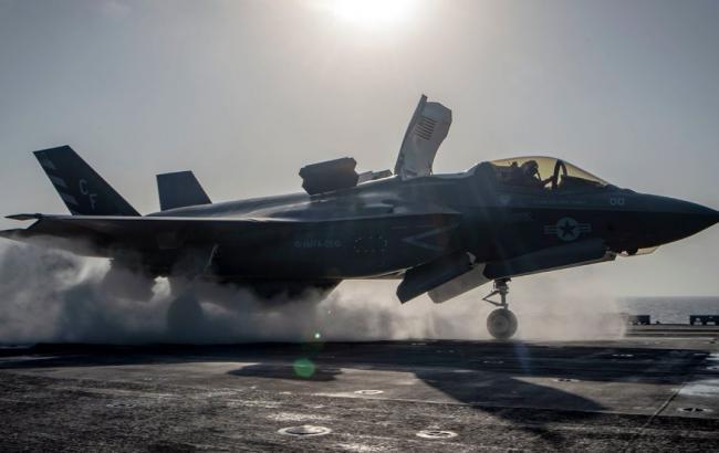 Фото: истребитель F-35 (twitter.com/TheophilusHuta)
