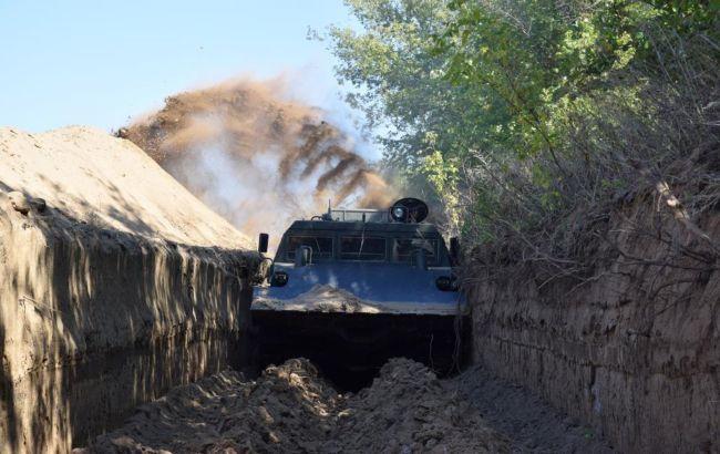 Украина активно обустраивает заграждения на границе с РФ