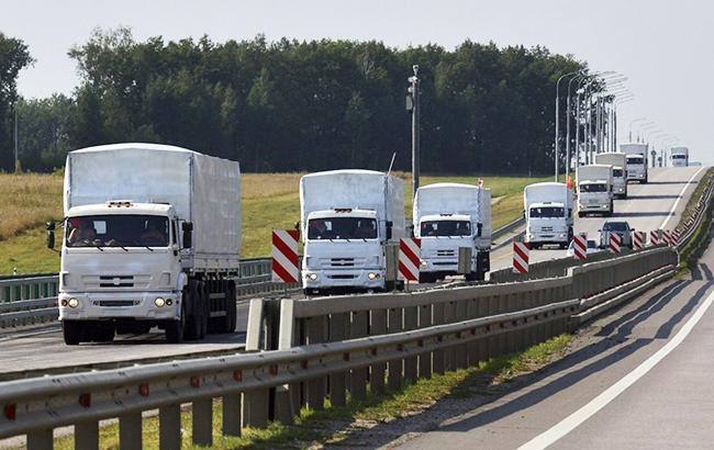 На Донбассе зафиксировали две колонны военных грузовиков возле границы с РФ