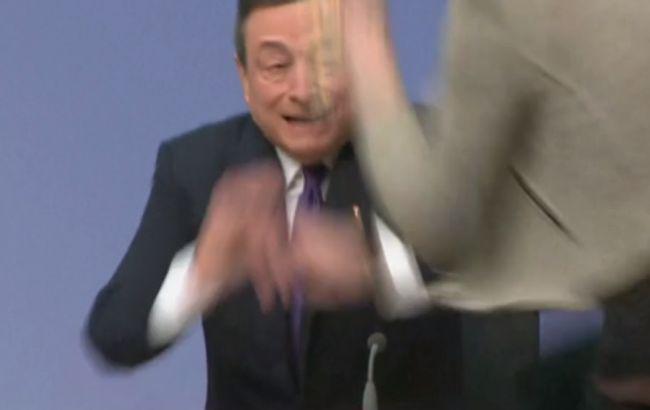 Нападение на Марио Драги