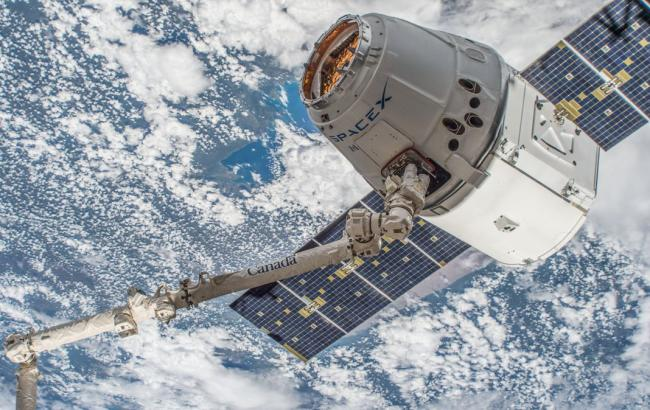 SpaceX повідомила про успішне приземлення корабля Dragon після місії на МКС