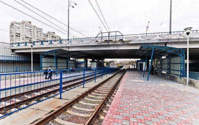 У Києві продовжили перекриття шляхопроводу на Троєщині